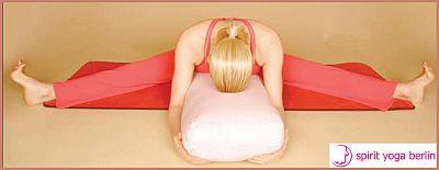 Schwangerenyoga-Weite-Sitzende-Vorbeuge