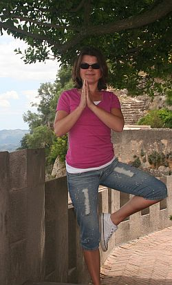 Yogaübung-Vrksasana-der Baum