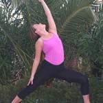 Yoga-Uebung-gedrehter-Krieger-Reverse-Warrior-Diana-Yoga