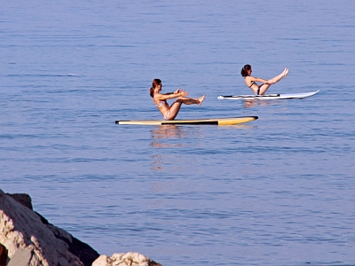 SUP-Yoga-Navasana-Boot