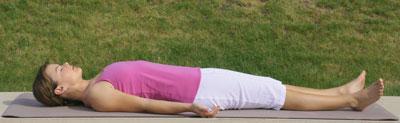 Yoga-Übung Savasana-Totenstellung