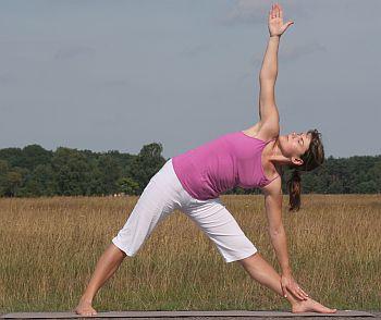 Yoga Übung Trikonasana - das Dreieck